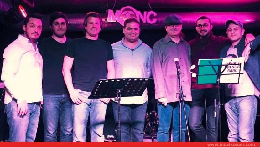 Simple Present Band Monc Live Sahnesi'nde!
