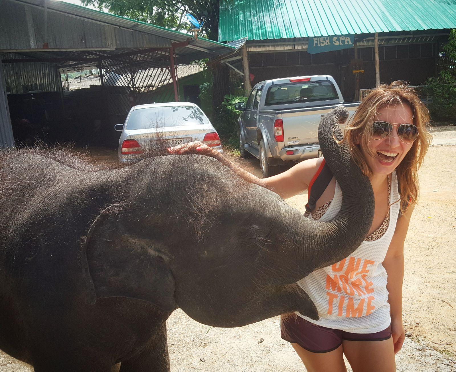 Mine Ayman, Dünyaca Ünlü Turizm Adası Phuket'te!..