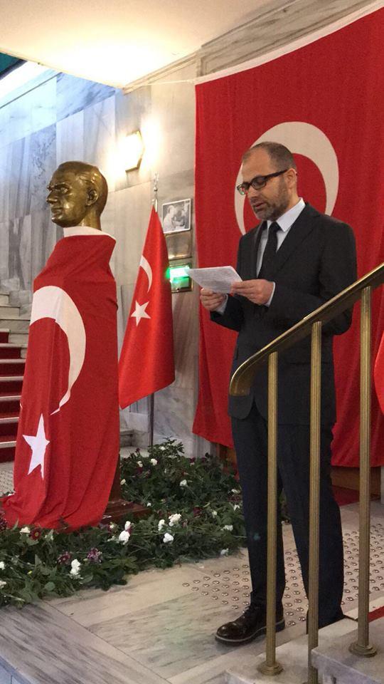 TRT İstanbul Radyosu Atatürk'ü Andı!..