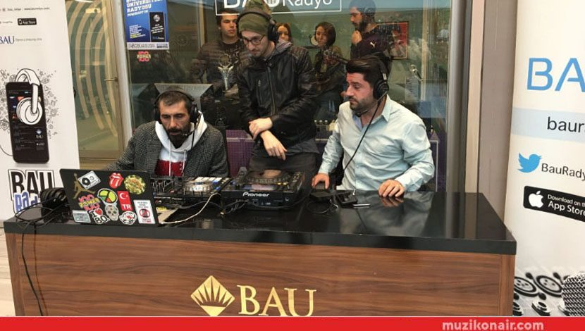 Power FM Chatzone Canlı Yayını BAU Radyo Stüdyosu'nda Gerçekleşti!..