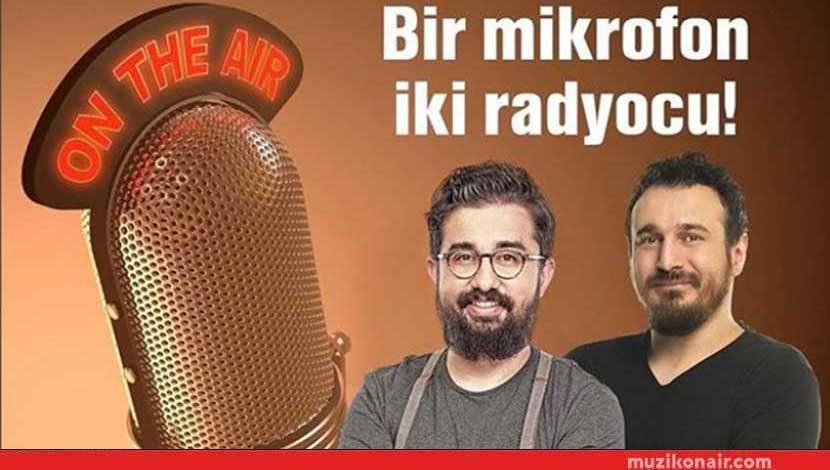 Alem Fm'de Bir Mikrofon İki Radyocu!..