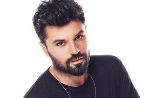 Müzik OnAir Okuyucuları Yılın En Başarısız Kadın ve Erkek Şarkıcısını Seçti!..