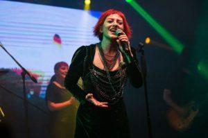 Rock Müziğin Divası Aslı Gökyokuş'tan Muhteşem Geri Dönüş !