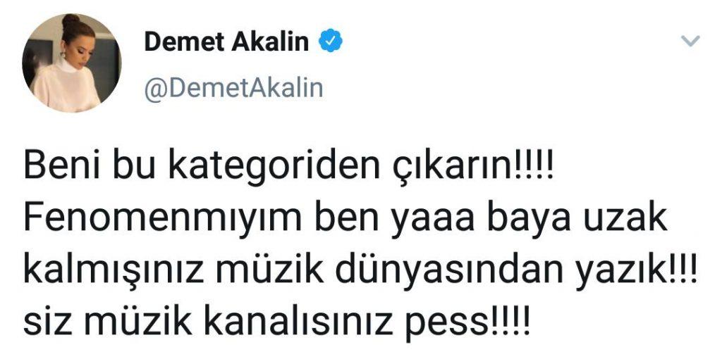 Demet Akalın Powertürk'e Ayar Verdi!