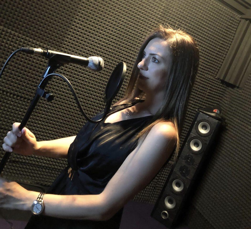 Nilgün Durmuşoğlu İle Radyo Programcılığı ve Seslendirmenlik Üzerine…